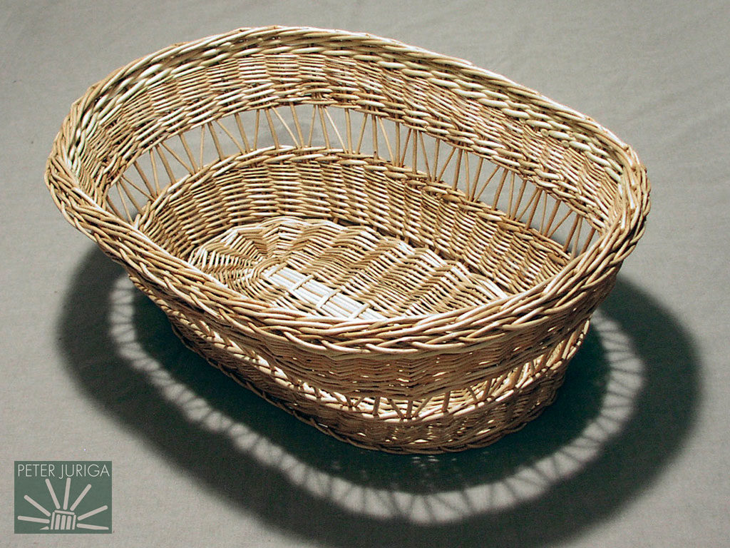 2001-4 A big oval laundry basket before completion | Peter Juriga