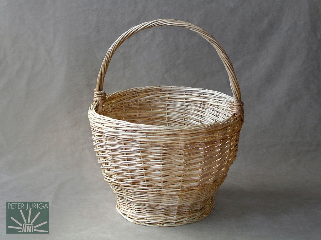 2002-1 This basket appeared in the book as the example on how to create a rope handle. | Peter Juriga