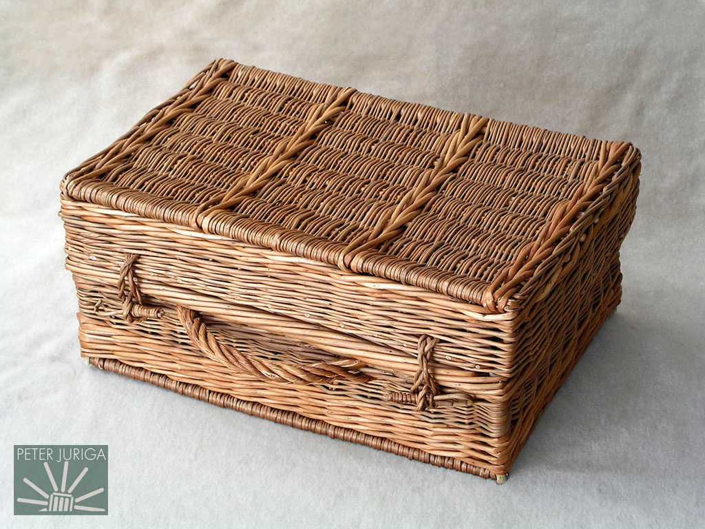 2002-2 I documented the production of this hamper in detail, so now anybody with some basic skills can make one by following my instructions | Peter Juriga