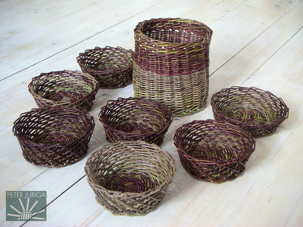 2005-4 I made these Christmas presents from Americana and Uralis willow | Peter Juriga