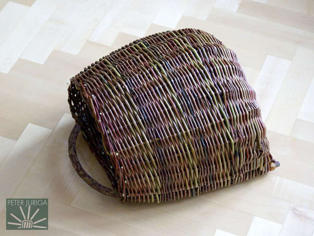 2010-3 A basket modeled on the traditional Orava pattern. | Peter Juriga