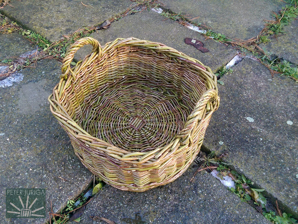 2017-9 A Christmas gift woven from wild willow, which was collected from behind a village the day before   Peter Juriga